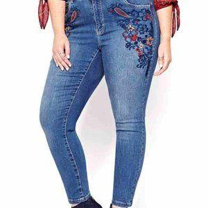Love & Legend Jeans Floral Embroidered Boho 22